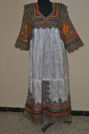 Robe traditionnelle kabyle 5